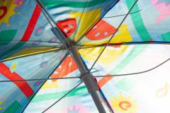 Toile de parasol en contre-plongée