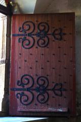 Ferrures de porte d'église