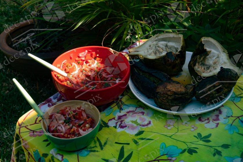 Repas créole au jardin