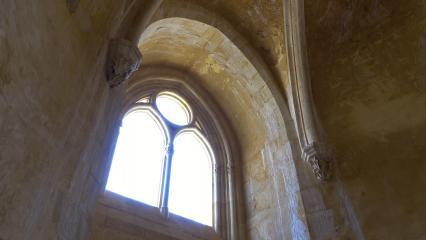 Vue intérieure d'une chapelle - Croisée d'ogive
